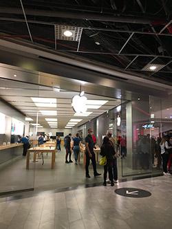 Apple Store 営業再開